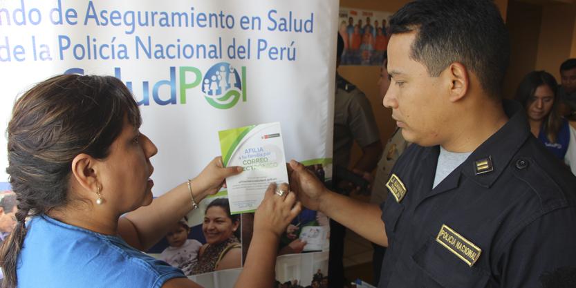 EFECTIVOS POLICIALES DE COMISARÍA CALLAO RECIBIERON CHARLA INFORMATIVA SOBRE COBERTURAS DE SALUD